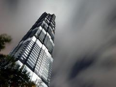 Jin Mao Building (bozkurtk) Tags: china building tower skyscraper long exposure skyscrapers shanghai jin center mao pudong financial hochhaus wolkenkratzer lujiazui swfc jinmaobuilding shanghaiworldfinancialcenter lujiazuipark