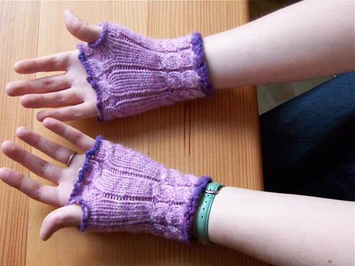 Mikhaela's Two-Tone Purple Malabrigo Fetching Mitts