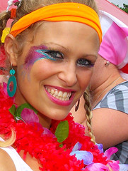Colourful smile ~ Brighton Pride 2008 (Syd's Photography) Tags: woman color colour men girl smile freedom tv women brighton yeah cd flag lola perfectday flags international fabulous xd kinky 1111 kinks tg aficionados godknows walkonthewildside brightonpride imetherinaclubdowninoldsoho girlswillbeboysandboyswillbegirls underelectriccandlelight zollorino ocsirf brightonpride2008 inloveforthefirsttime shewalkeduptomeandaskedmetodance billyboywontyoucomehomewithme ifelltothefloor andilookedatherandsheatme lolasmiledandtookmebythehand icedteasimportedfromengland whereismypinkpradatote