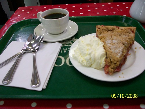 Ireland - Killkenny to Wicklow - AVOCA Weavers - Rhubarb Pie and Cream!