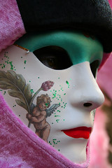 J'ai rencontr un ange (blogspfastatt) Tags: carnival venice color colour beauty costume nice colorful colours fiesta mask ange parade loveit carnaval colourful carnevale venezia couleur masque farben venitien veneto kolor venicia costium pfastatt rubyphotographer sylviasedlerxech blogspfastatt