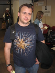 Mauricio in GlassFish T-Shirt