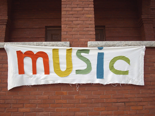 Music sign on the theatre.