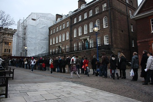 People queued up to see the Crown Jewels