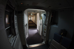 747 cx door view (Ch.H) Tags: from los angeles lets go hong kong karl cathay 747 hab pacfic 747467