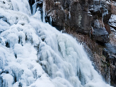 Withstanding the Cold (andywon) Tags: winter snow cold ice nature water germany deutschland frozen waterfall rocks wasserfall schwarzwald blackforest todtnauberg badenwrttemberg todtnau