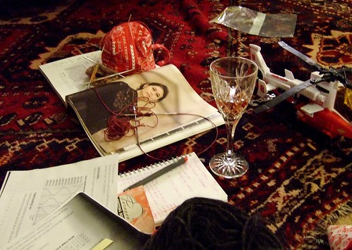 knitting scene