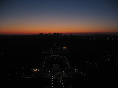 Paris Sunset (Jon Barbour) Tags: sunset paris france tower europe eiffel canoncamera views500 herethereandeverywhere worldwidewandering wetraveltheworld gnneniyisithebestofday travelplanet flickrsocialclub geographicphotosets