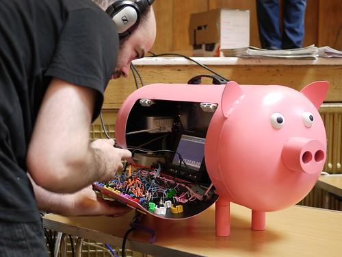 MIDI Pig