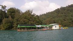 53.另一種型式的水上船屋