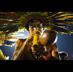 do not play (© Tatiana Cardeal) Tags: pictures brazil portrait people southamerica festival brasil digital photo native picture culture documentary tribal brazilian invenciblespirit tatianacardeal fotografia indios ethnic 2008 indien cultura indigenous brésil bertioga ethnology indigenouspeople boe documentaire indische etnia ethnologie bororo documentario ethnique povosindígenas ethnie pueblosindígenas indigenousfestival festanacionaldoíndio indigenenvölker