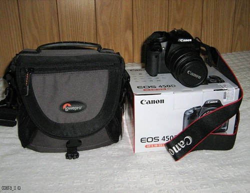 My brand new Canon EOS 450D / Digital Rebel XSi