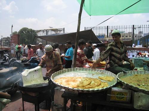 Food vendor outside Jama Masjid mosque