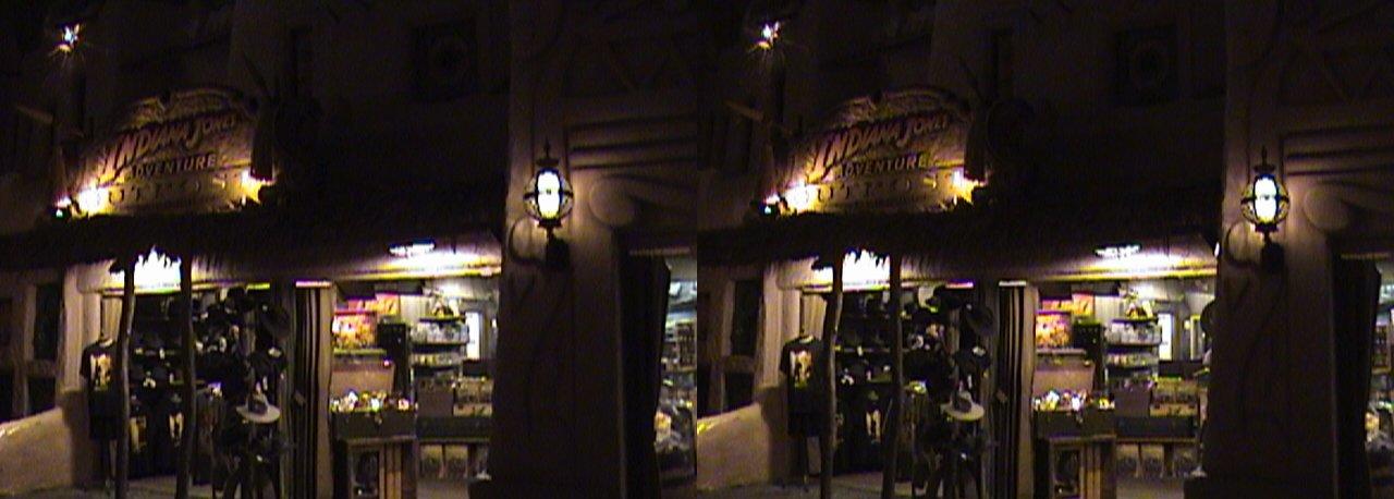 dsc06644, 2008:06:08 23:42, 3Dh, California, Anaheim, Disneyland®, Adventureland, Indiana Jones™ Adventure Outpost, night, color slow shutter, Hyper 3D