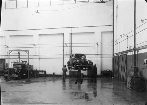 Garagem Imperial, Lisboa (M. Novais, s.d.)