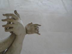 soutenir / to support / sttzen / sostener (Mr-Pan) Tags: sculpture expression marble marbre musedulouvre sostener sttzen soutenir tosupport