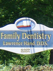 Dentist Named Hand (countyworker) Tags: family sign lawrence hand toothbrush dentist dentistry funnysign dds funnyname 8352 familydentistry dentistnamedhand lawrencehanddds lawrencehand familydentistrylawrencehanddds