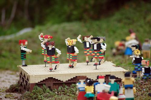 Lego_Highland_Dancers