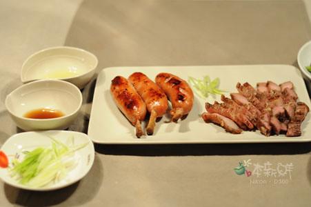 帶骨香腸+「郭榮市卡席酪」鹹豬肉