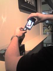 T-Mobile G1 - Scanning beer bottle bar code