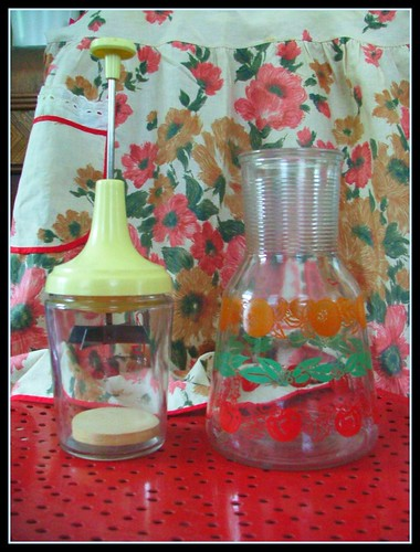 vintage chopper, vintage juice pitcher