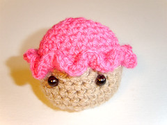 The Cupcake - crochet (Quoin) Tags: pink brown cute handmade crochet australian craft australia yarn cupcake kawaii amigurumi crocheted geekery crocheting quoin freeformcrochet fauxfood crochetcupcake