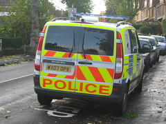 Keep Clear Sign Don't Apply to the Police? (Z303) Tags: car bristol parking police coldharbourroad