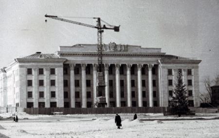 Житомир. Новогодняя елка на площади Ленина