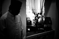 Lurking Somewhere (Mick Chen) Tags: wedding canon gerbil singapore couple ceremony tokina killer f28 malay 65 2880mm 40d