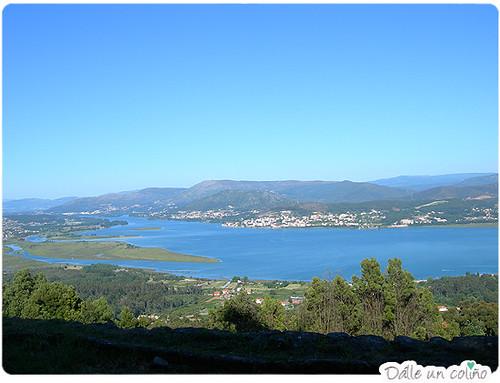 Vista do río Miño dende a Citania do Trega (A Guarda, provincia de Pontevedra)