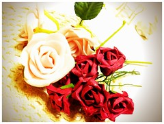 100均で可愛い薔薇のリース