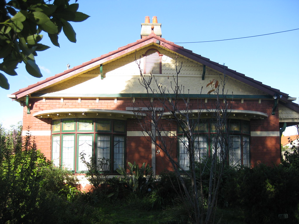 A Queen Anne Style Villa - The Grove, Coburg