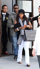 usher & his wife2