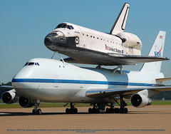 NASA Boeing 747-123(SCA) (N905NA) & Space Shuttle Atlantis Orbiter (OV-104) **Wallpaper Shot** (Michael Davis Photography) Tags: photography space sca aviation nasa atlantis spacetravel rockwell boeing spaceshuttle boeing747 dc9 mcdonnelldouglas fortcampbell 101stairborne n905na khop ov104 armyairfield shuttlecarrier shuttleatlantis nasasca rockwellspaceshuttle nasaspaceshutlle usspaceagency top20aircraft