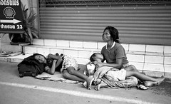 "The Family Shell - street, Bangkok (Sailing ""Footprints: Real to Reel"" (Ronn ashore)) Tags: poverty people blackandwhite film portraits thailand asia faces bangkok poor begging streetpeople thestreet leicamp leicasummicron35mmf20asph ninosydetalles"