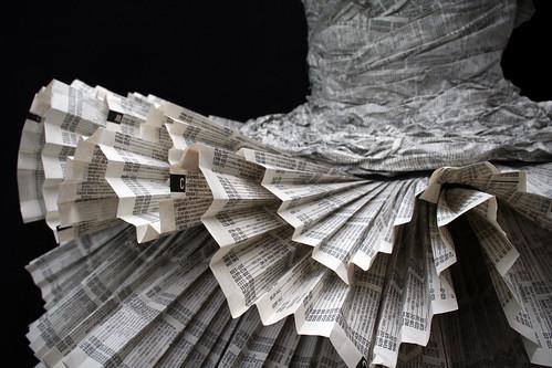 Paper Dress 4 by Jolis Paons.