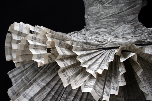 Paper Dress 4 by Jolis Paons.