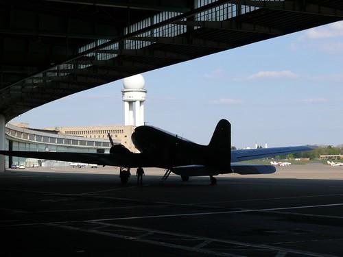 DC-3_Tempelhof_06