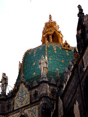 Budapest _ Crafts Museum Exterior (Kathleen Tyler Conklin) Tags: roof statue museum tile hungary crafts budapest mzeum onlythebestare goldstaraward iparmivszeti