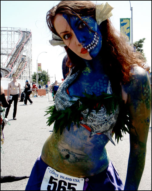 Zombie Faced Lady