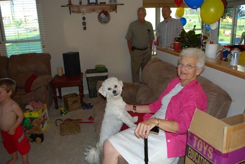 dog_granny_1