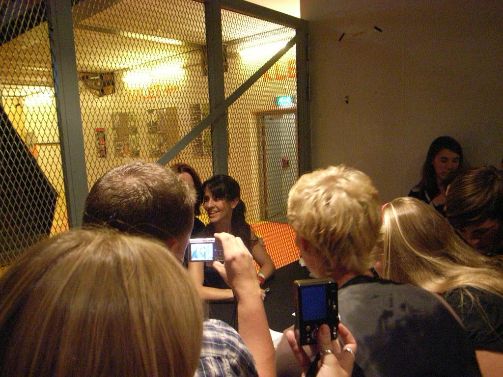 Tracy Bonham and fans @ Paard van Troje