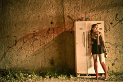 Kth at Night (Franca Alejandra Franchi) Tags: street girl trash f tatoo trashy kth backrefrigarator