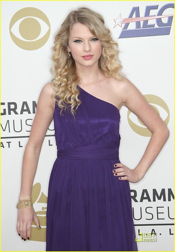 taylor-swift-grammy-nominations-06