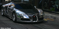 Bugatti Veyron Pur Sang (Wannabe/Fake) (Adam van Noort) Tags: bugatti veyron pur sang wannabe fake not real top gear tested switserland zwitserland swiss schweis genve geneve geneva  auto autos car cars  automotive autospotten spotten carspotting spotting beast amazing chrome carbon fiber exclusive exclusief adam van noort adamvannoort vannoort aaf canon eod 300d 18135mm is usm