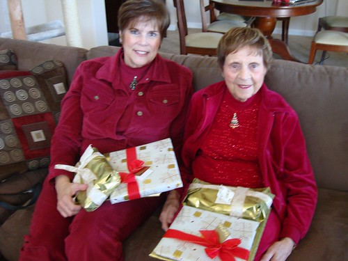 Aunt Carla & Grandma w/ their Presents