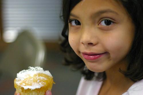 Britnee & cupcake