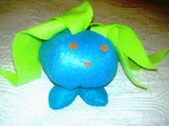 oddish2.jpg (tallulahtrifles) Tags: uk handmade sewing craft felt plushie pokemon softtoy oddish