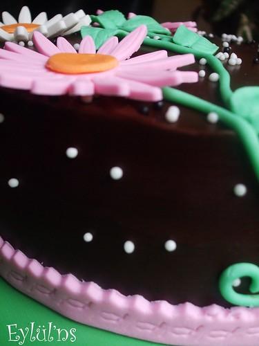 Çikolatalı,Çiçekli Pasta..