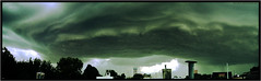 Tormenta (Mauro Montenegro) Tags: storm argentina lluvia peligro nubes rosario tormenta 2009 supercell lluvias mauromontenegro 17deenero fotmacin